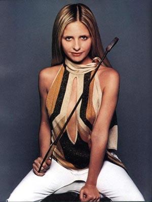 sarah-michelle-gellar-premiere-and-fhm-magazines-photoshoot-mq-26